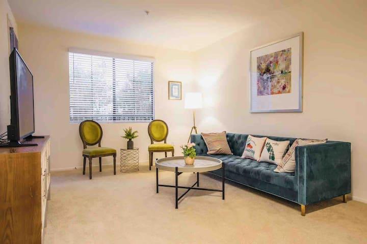 Irvine Spectrum 2b2b apartment,Private,no share