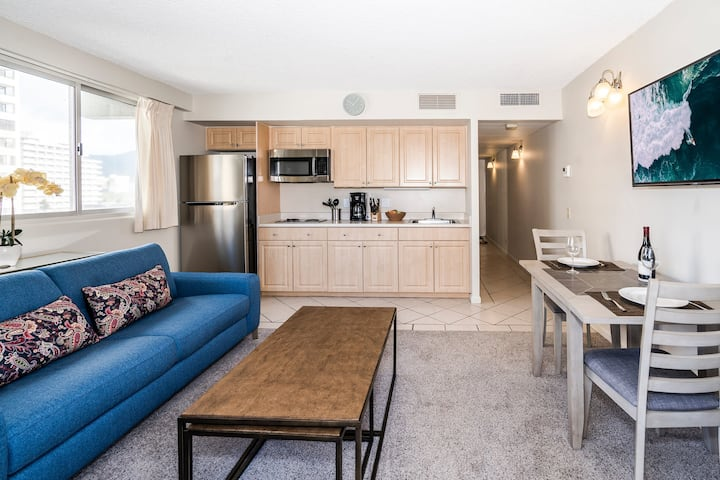 **Professionally Sanitized** City View Condo Close to Beaches+Pool+Free Wifi! - Waikiki Park Heights City 1 BDR on the 5th Floor A