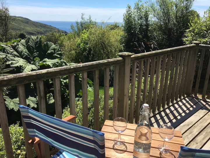The Granary Annexe - Beautiful views out to sea.