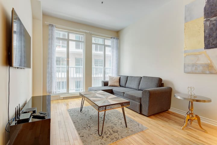 ♥1BR Steps from Trendy Montagne & Fun On Crescent
