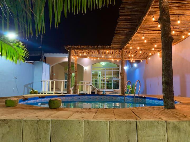 Bellisima casa en Costa Esmeralda a orilla del mar