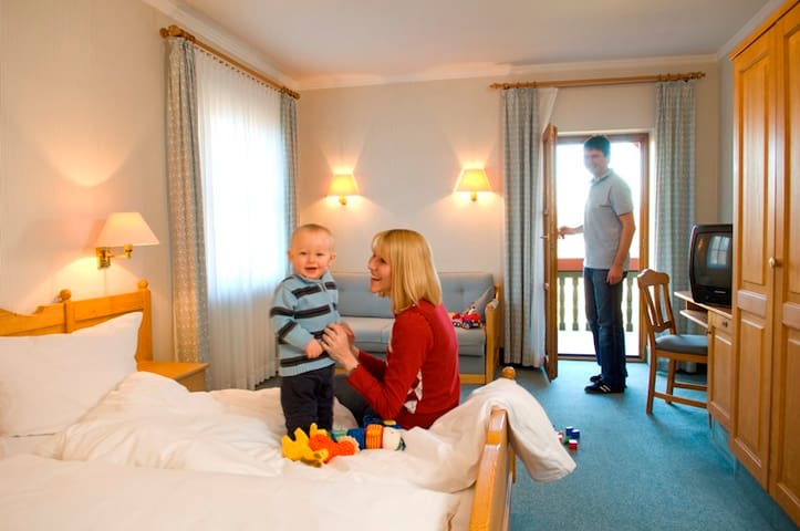Goldener Hirsch (Burgthann), Doppelzimmer Komfort - Gästehaus