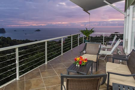 4BR Monkey Magic Ocean View & Pool! - Manuel Antonio