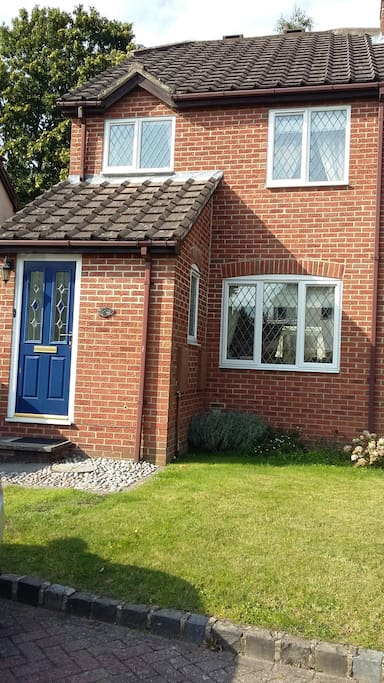 Rooms To Rent Bagshot