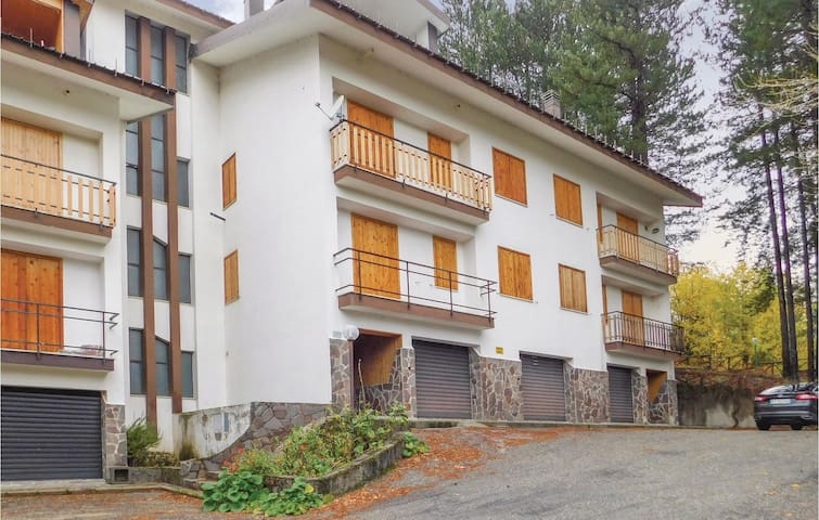 Holiday apartment with 2 bedrooms on 70 m² in Spezzano della Sila CS