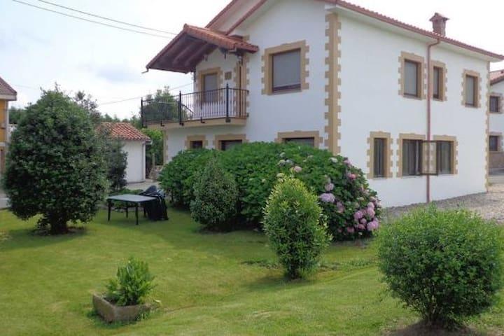 Casa individual en Suesa (Ribamontan al Mar)