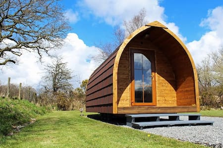 The Log Pod - Pontarddulais - Cabana