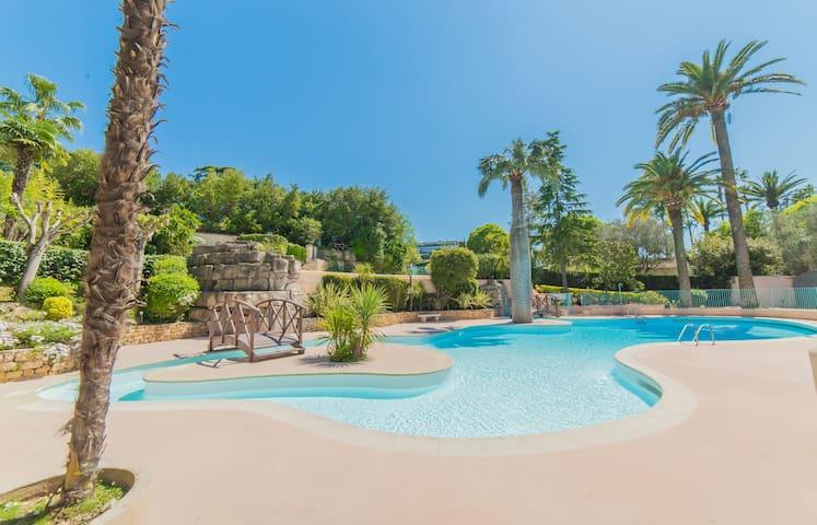 IMMOGROOM- EXCLUSIVE- Swiming-Pool  Tennis- Terrace -A/C-CONGRESS/BEACHES