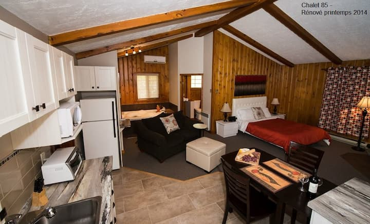 Charming & Luxurious for two to four people
