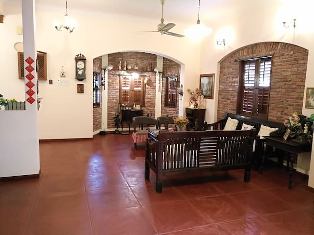 Cottage Style Home 1