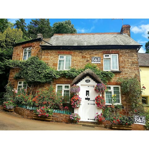 Pipers Cottage B&B
