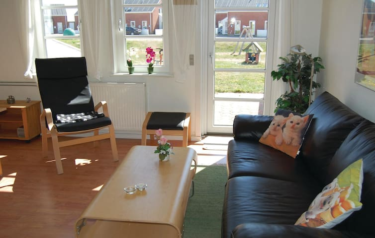 Holiday apartment with 2 bedrooms on 45 m² in Rømø