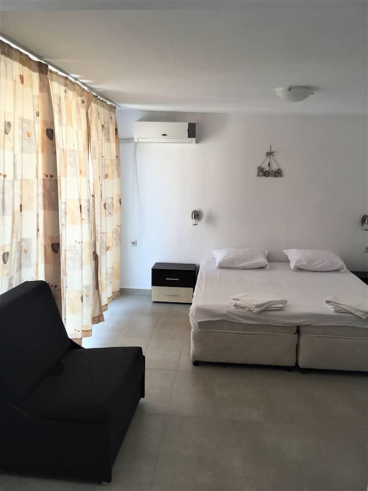 SB Seaside Residence - Room