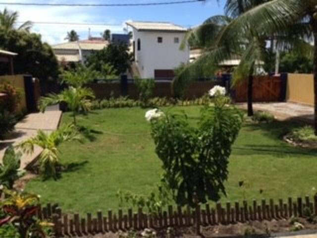 Casa de Praia em Guarajuba(Cond. Paraíso) 7/4 - Camaçari - House