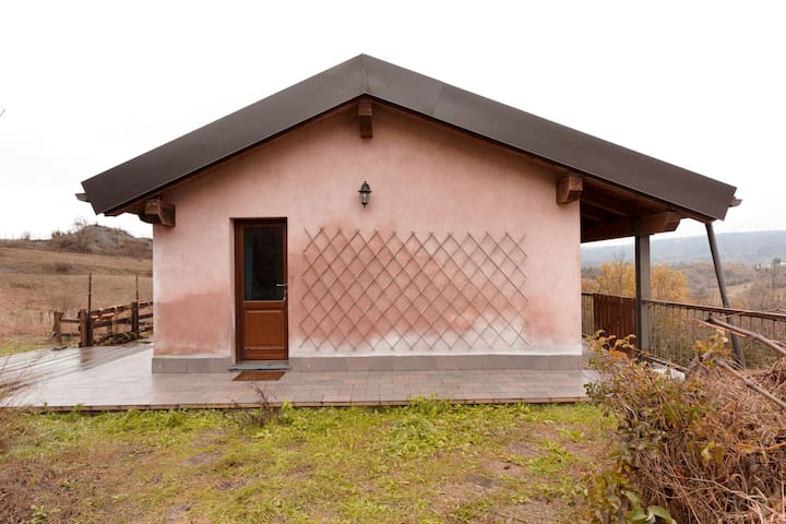 House in the middle of meadows and forests, ideal for walking and cycling.