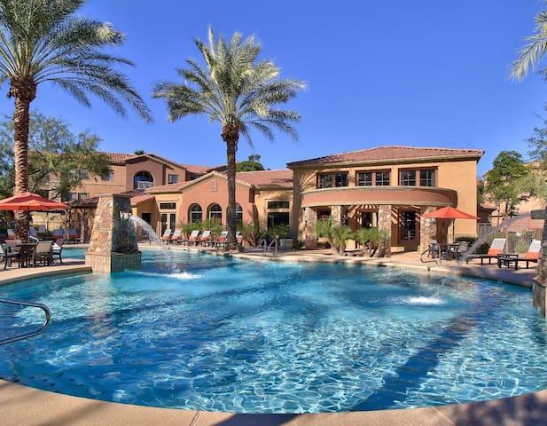 2 Bedroom/2 Bath Condo in North Scottsdale - Phoenix - Appartement