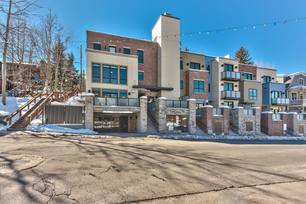 Park City Brownstone on Main - New Luxury Condo with Garage Parking