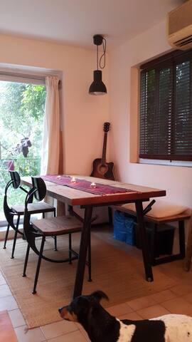 Lamma Island, 1BDR in a garden flat. - Hong Kong - Huis