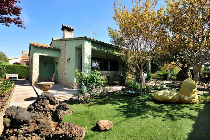 GREEN HOUSE - Sant Pere Pescador - Talo