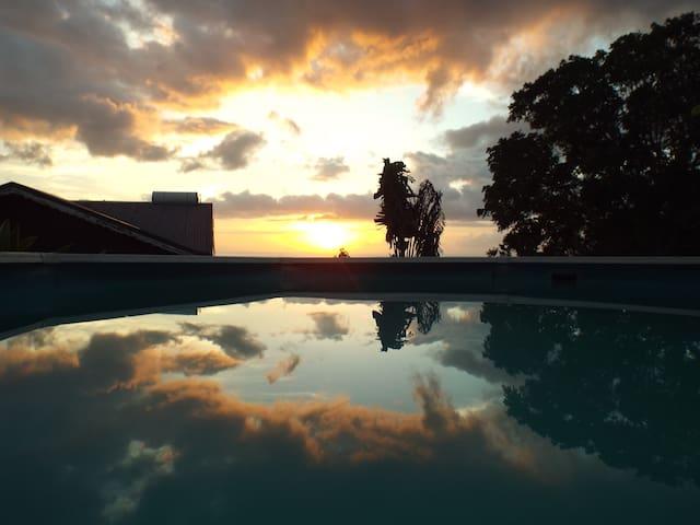 Vue sur mer, Les Villas de TiSource 3*