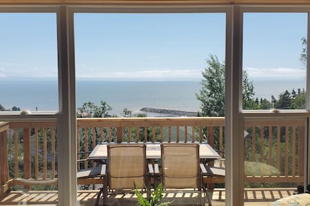 *NEW* Spacious Cottage - Best View in Alma!