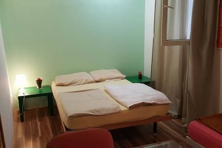 Logistic Youth Center 4-bed room - Zagreb