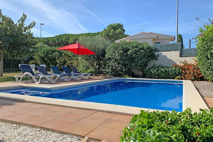 VILLA 10P 4BR PRIVATE POOL FREE WIFI 1000M BEACH