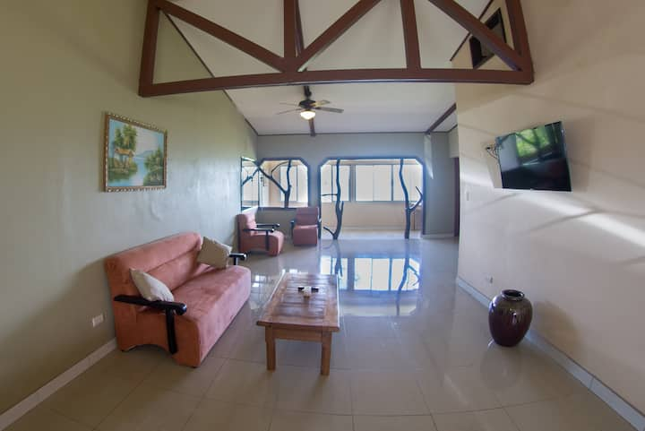 Lake Arenal View, Fully Furnished Apartment