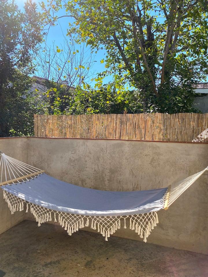 Studio avec terrasse proche de la gare St Jean