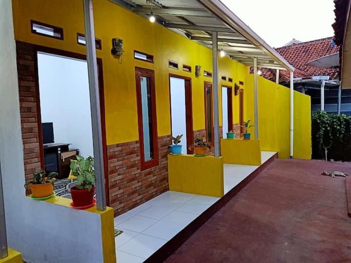 Puri Kuning Ceria - Murah, Akses kota & Wisata