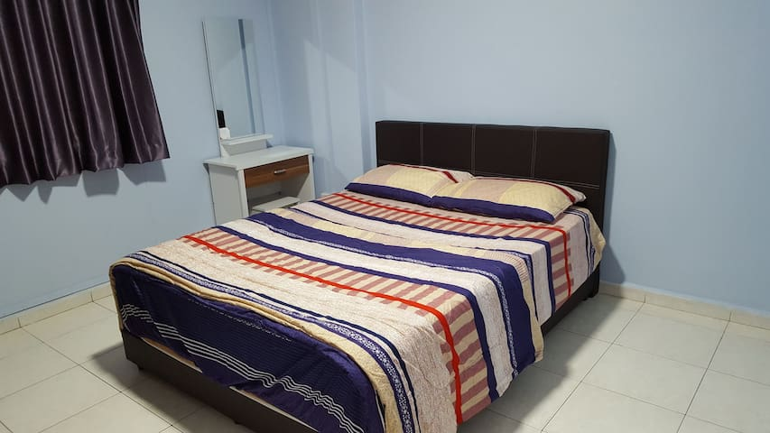 Clean Cosy Convenient A private room in Tampines
