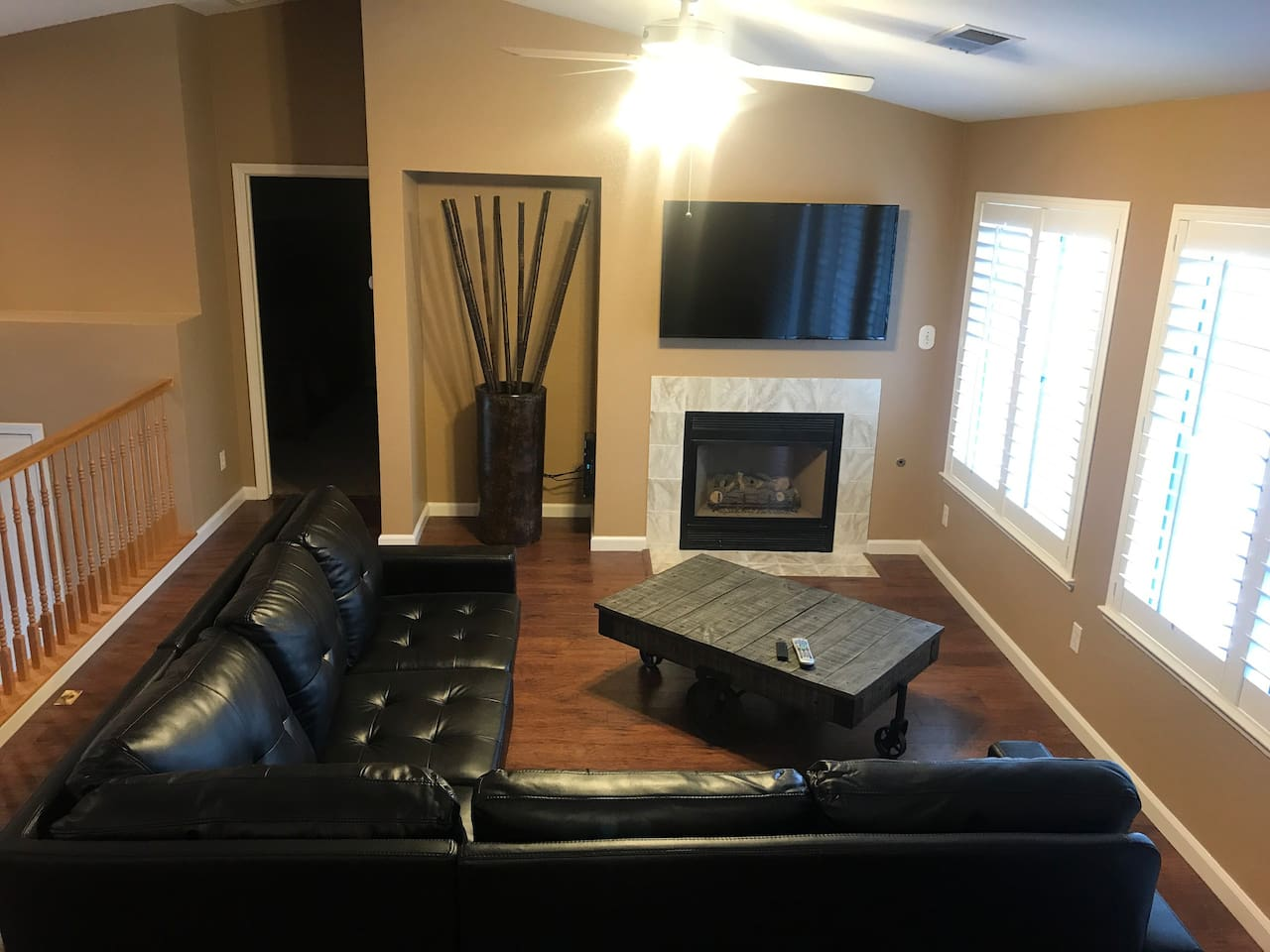 Living Room with 55 inch Tv with Cable