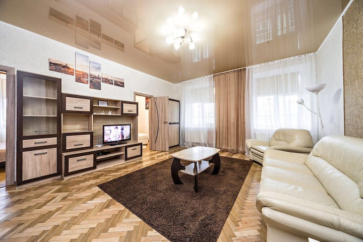 Apartment in a city center! Krakivska,34