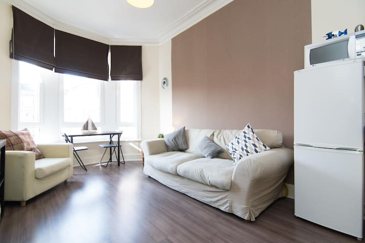 Cosy Bright Flat in Great Location - Glasgow - Departamento