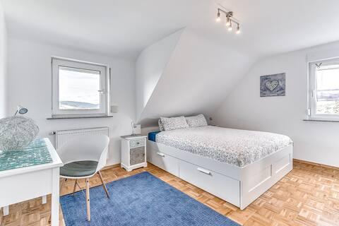 Top Apartment für/bis 4 Gäste