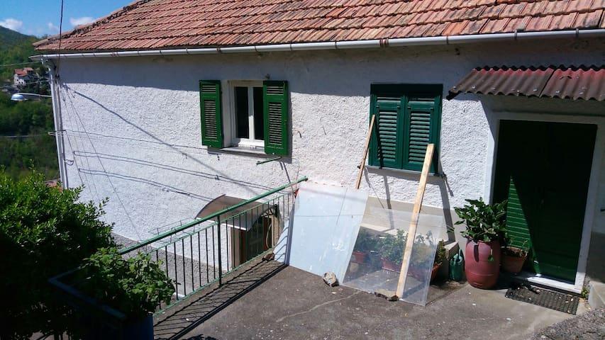 Appartamento in Valbrevenna. - Molino Vecchio-Scapitola-b - Lejlighed
