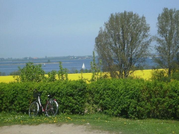 FeWo mit Blick auf Wismarer Bucht