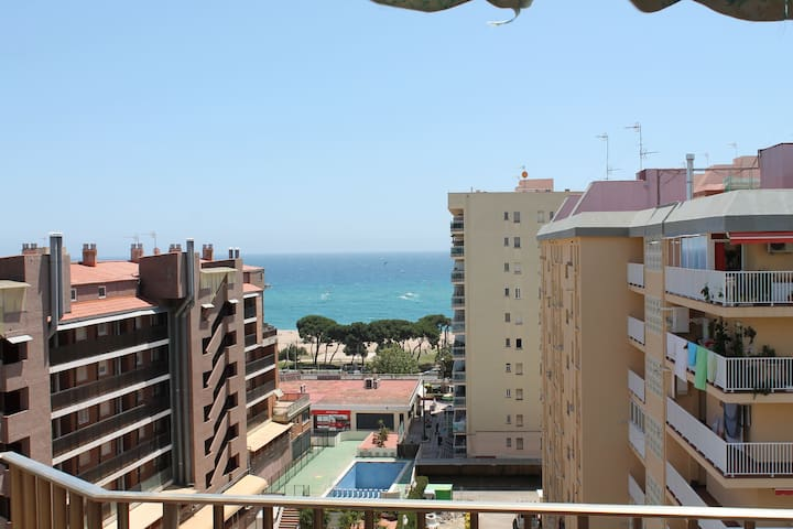 Penthouse with sea views - Malgrat de Mar - Apartemen