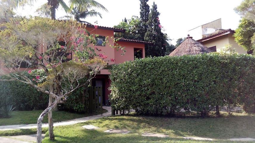 Casa em Villágio na Riviera de São Lourenço