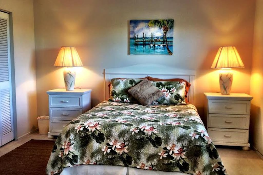 """""""Both Queen beds are very comfortable."""""""