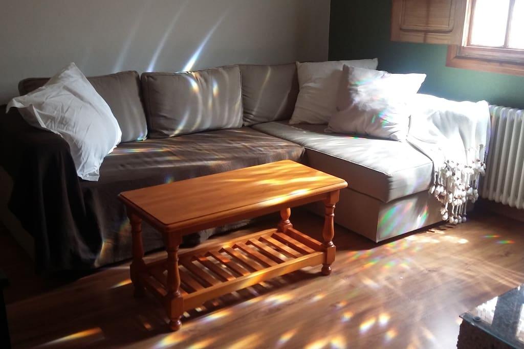 Sofá-cama con chaise-longe