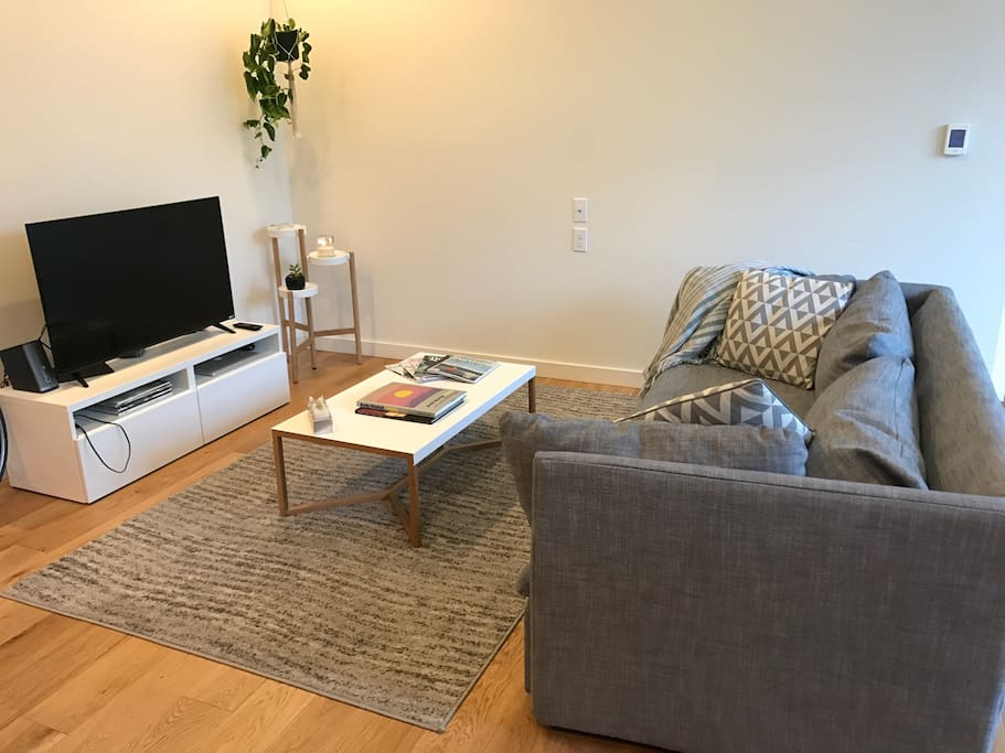 Large One Bedroom Apartment In Ne Portland Apartments For Rent In Portland Oregon United States