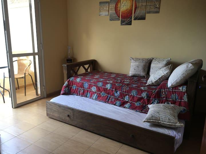 Cálida habitación privada en Duplex, Dorrego.