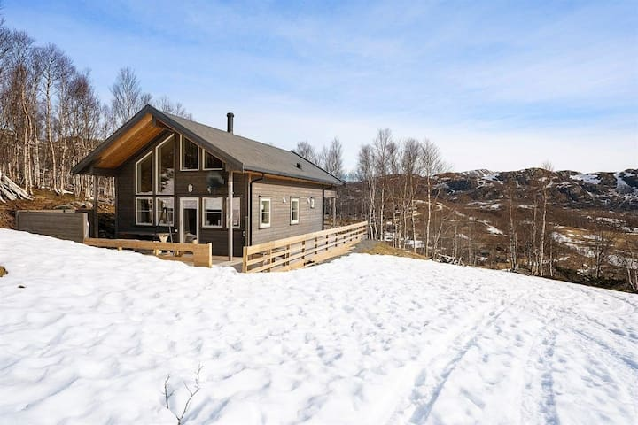 Modern Cabin in the hills of Stavtjørn
