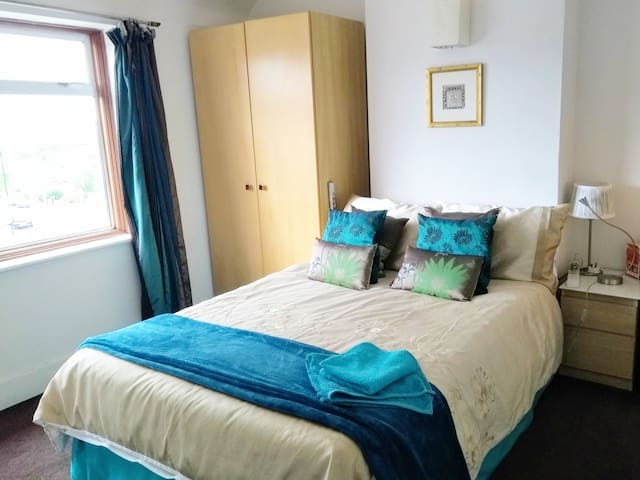 Room Zone 2 Lewisham with ensuite