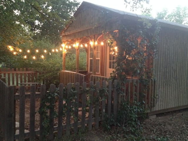 The Beulah Jane Cabin at Rhineland Farm