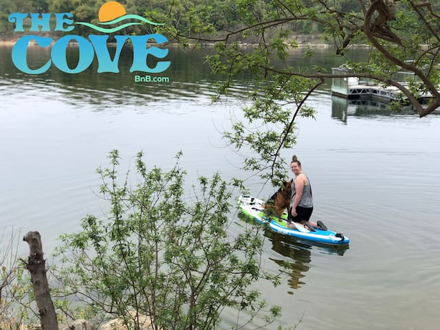 Paddle board with your pup is the best!