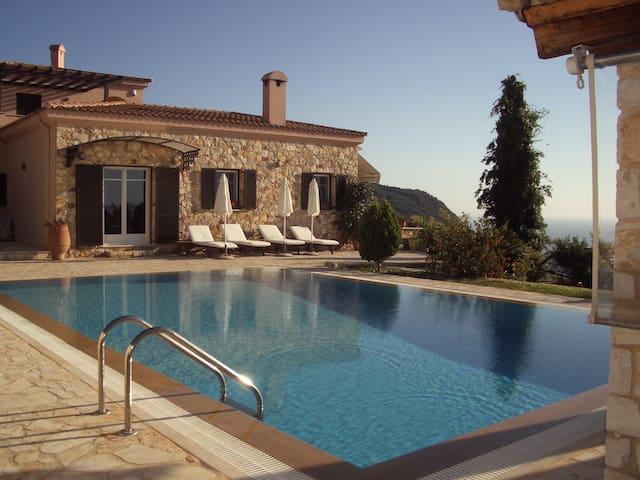 Villa Sunset Exclusive Pool - Kerkira - บ้าน