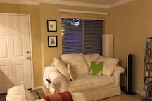 Living/family room with big screen HDTV/Cable TV/Apple TV/Netflix/HBO movie channels
