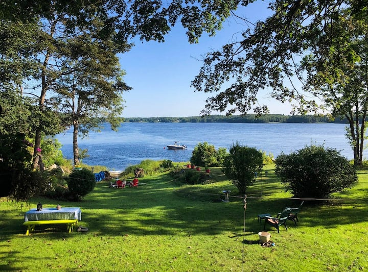 Amazing Waterfront Apartment on the Kennebec River